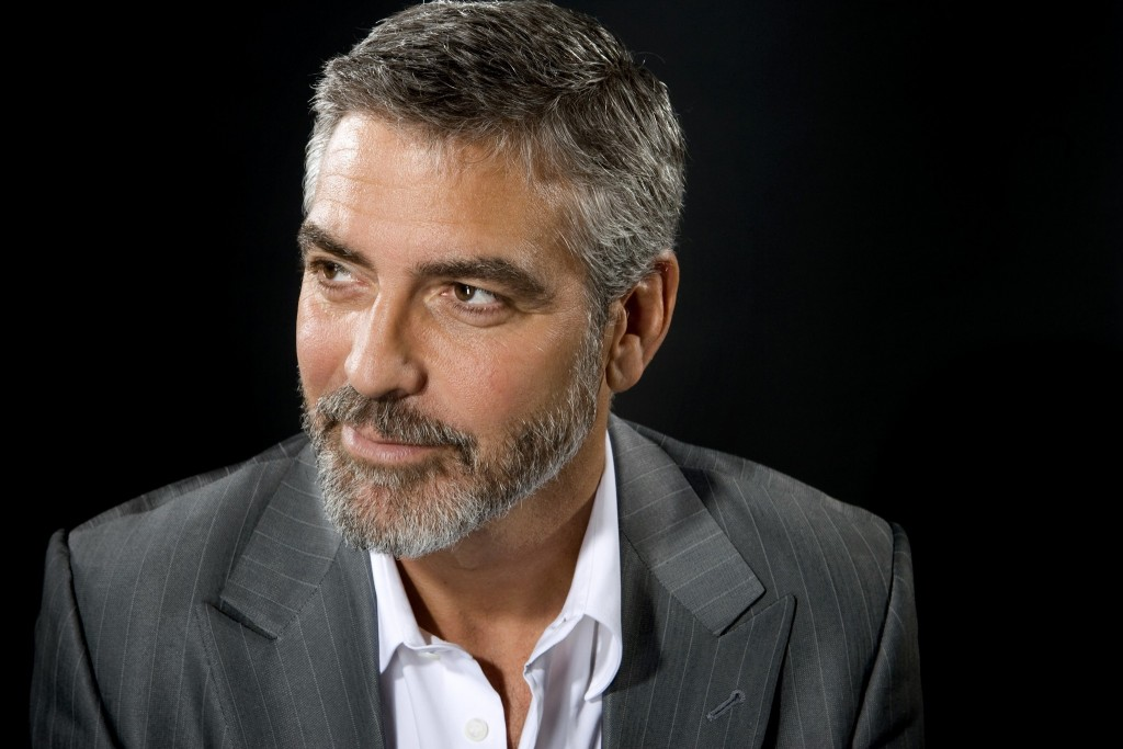 """Baylen, Liz –– ENVELOPE COVER STORY FOR JANUARY 13, 2009. DO NOT USE PRIOR TO PUBLICATION BEVERLY HILLS, CA – JANUARY 4, 2010: George Clooney, of """"Up in the Air,"""" is photographed on January 4, 2009. ( Liz O. Baylen / Los Angeles Times )"""