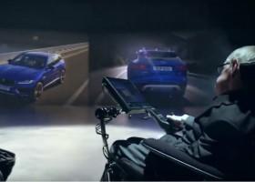 Stephen Hawking w spocie reklamowym nowego Jaguara F-PACE