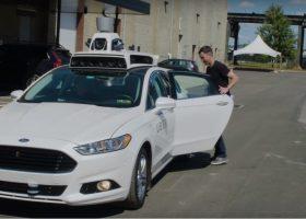 Uber zaczyna testy autonomicznych taksówek