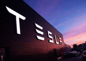 Gigantyczna fabryka Tesli także w Europie