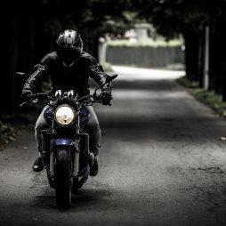 Odblaskowe rozwiązania dla motocyklistów