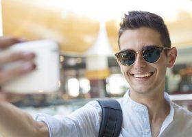 Jak selfie wpływa na poziom stresu?